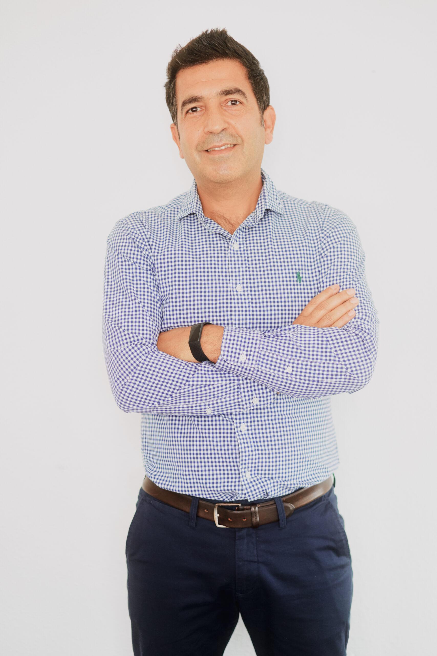 Dr. Serkan Çelik